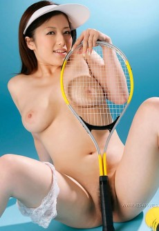 naked asian tennis girl