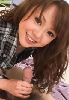 cute-japanese-girl-blowjob-11