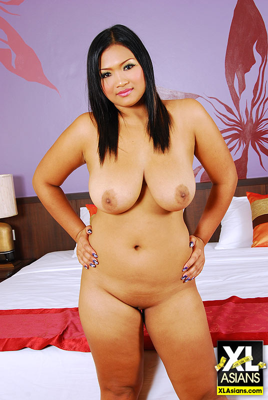 chubby chinese hot nude