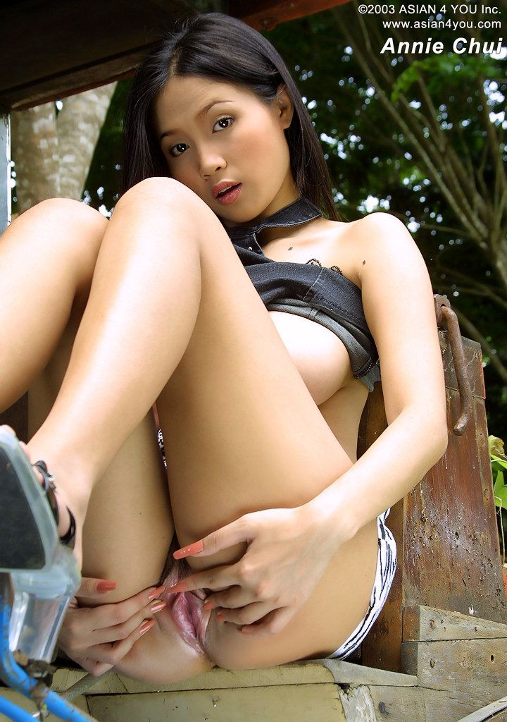 Girl Big Tits Model's Name: Annie Chui Images From: The Black Alley ...