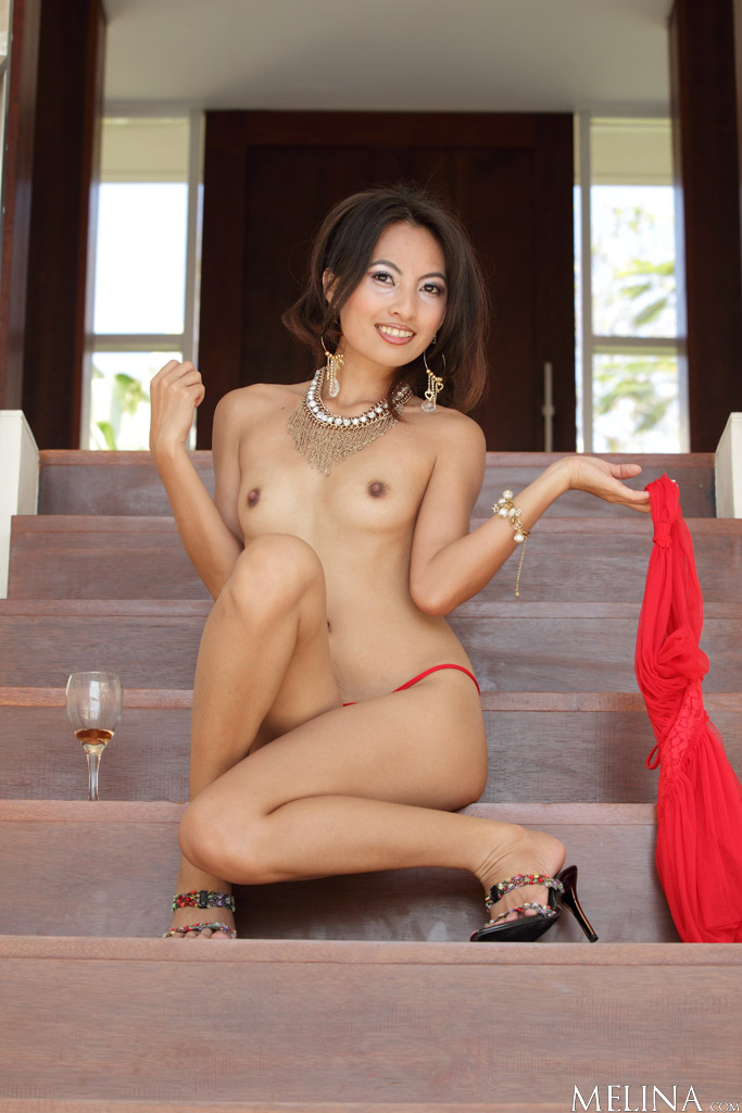 Hot asian babe