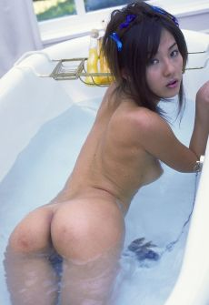 sally yoshino nude picture