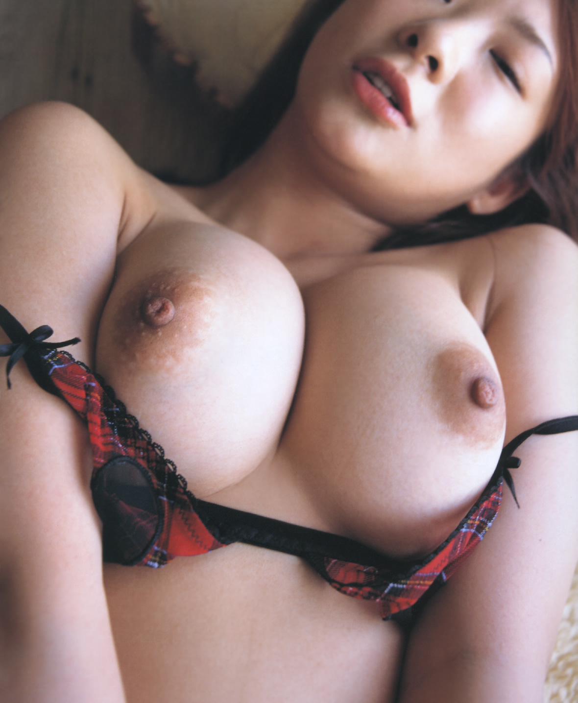 Chinese big tits nude