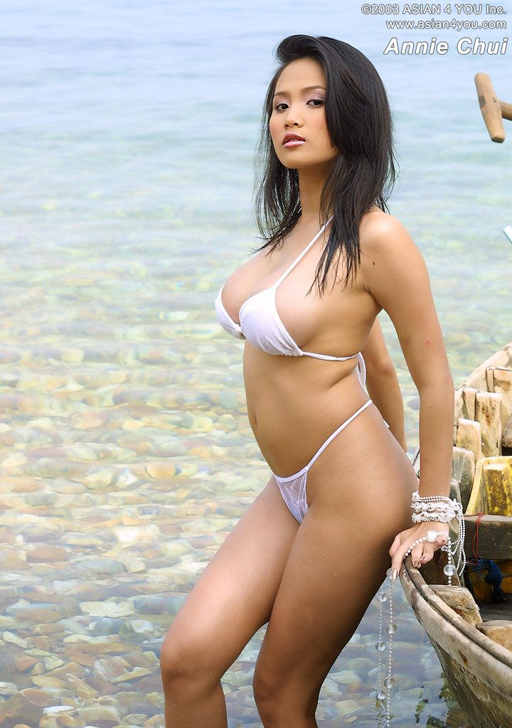 sexy naked asian chicks