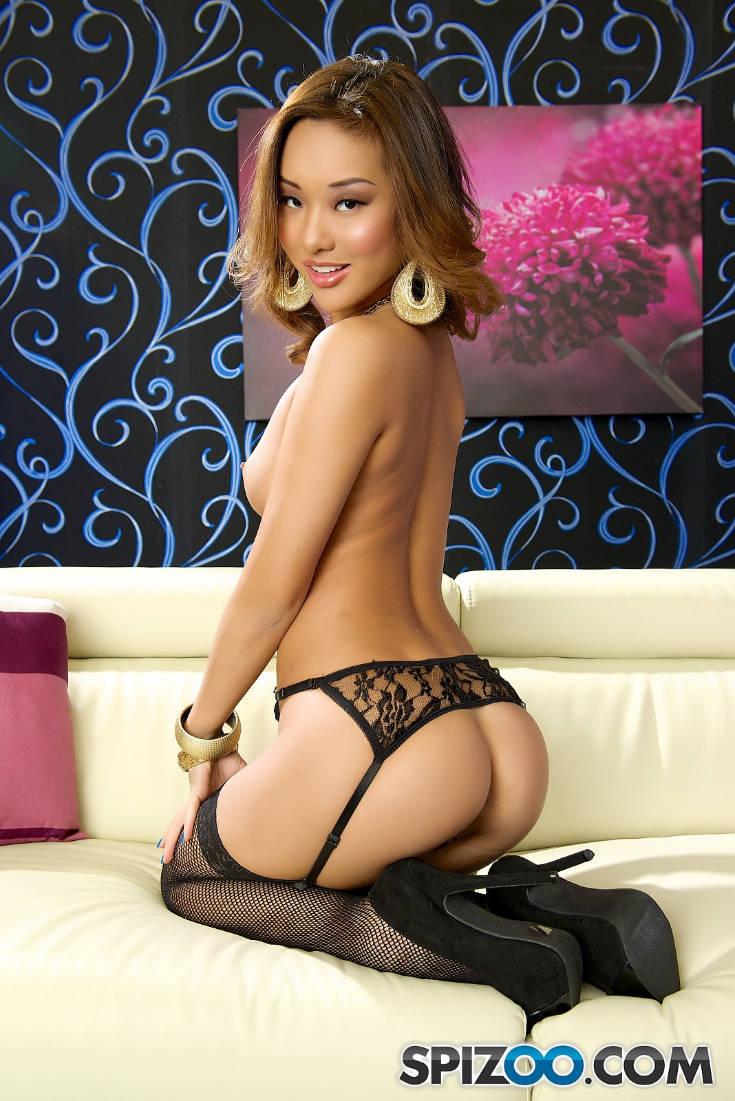 Asian Babes DB » Classy Nude Chinese Girl Pictures